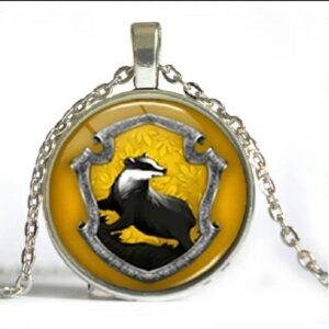 Harry Potter: Hufflepuff Cabochon Pendant Necklace